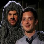 Wilfred, nova série da FX, traz Elijah Wood e um sujeito vestido de cachorro. Assista o trailer