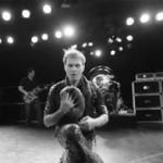 """Van Halen lança novo CD, A Different Kind of Truth, em feveireiro. Assista o clipe de """"Tattoo"""""""