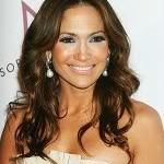 Jennifer Lopez lança Still from the block, novo CD com grandes sucessos, em fevereiro