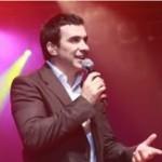 """Padre Fábio de Melo grava DVD """"Eu e o tempo"""", em shows no Rio de Janeiro"""