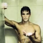 Fotos de Jonatas Faro quase pelado para a revista RG Vogue