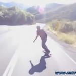 Corey Lucero e Mike Hoppe em uma descida frenética de skate freebord